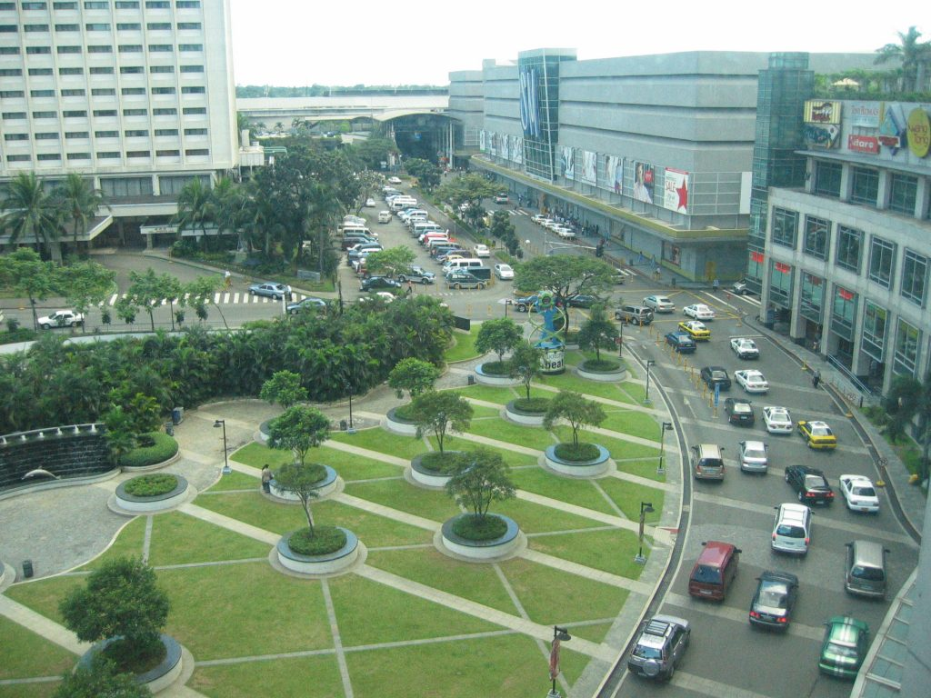 Makati 可說是是菲律賓百貨最集中的區域